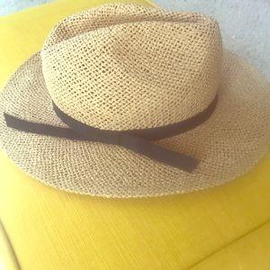 Accessories - Flimsy Straw Fedora Hat